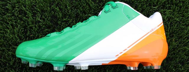 notre-dame-flag-cleat02