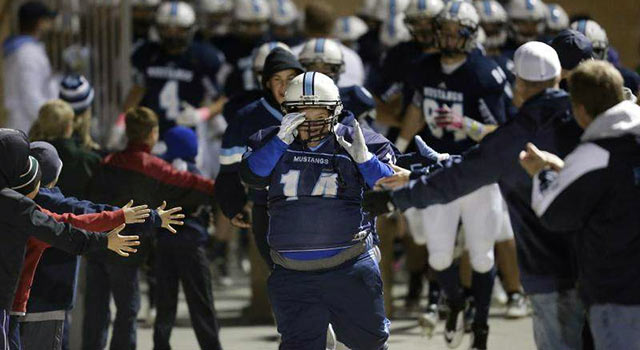 Waterboy With Down Syndrome Scores A Touchdown For His High School